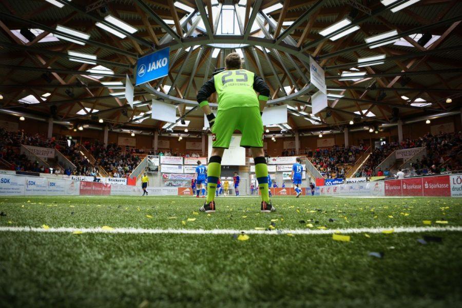 Veranstaltungshalle in Ilshofen wird wieder zur Fußball-Arena